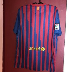 5d4e350e9 Nike Shirts - Original Nike No Name Barcelona Jersey !